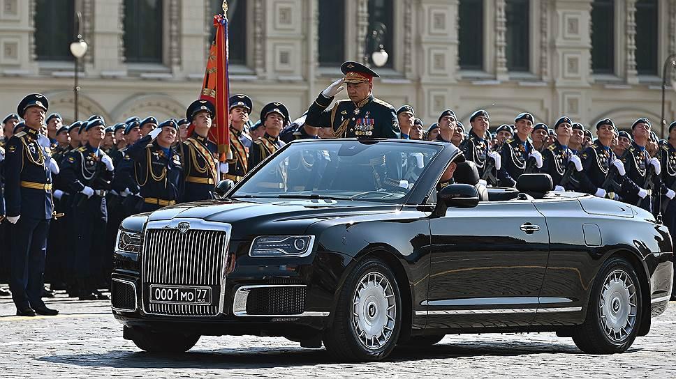 Кабриолеты примут участие в параде Победы на Красной площади