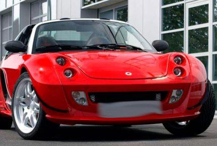 красный Smart Roadster Hardtop